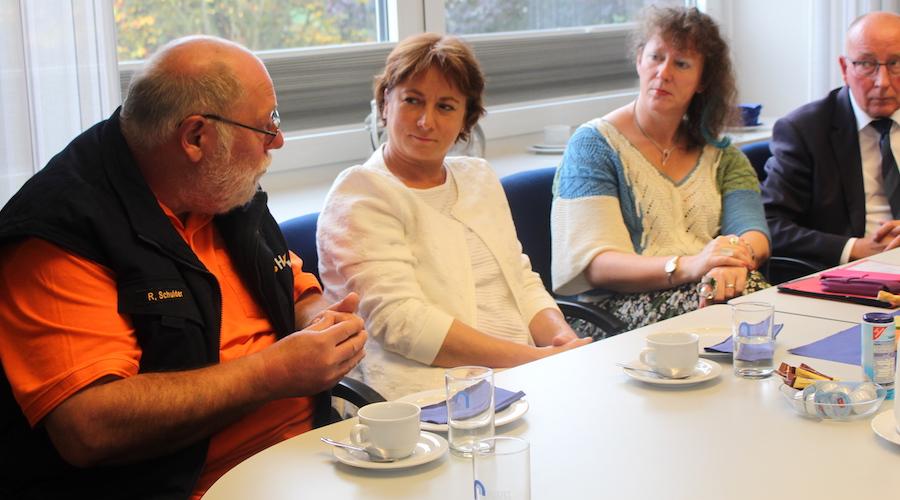 Bianca Winkelmann MdL mit der Staatssekretärin für Sport und Ehrenamt des Landes NRW, Andrea Milz.