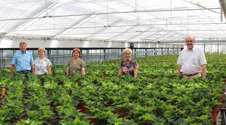 Marco Quebe (von links) und Ehefrau Bettina Suerhoff haben der Landtagsabgeordneten Bianca Winkelmann sowie Eva Kähler-Theuerkauf und Jürgen Winkelmann vom Landesverband NRW ihren Betrieb gezeigt.